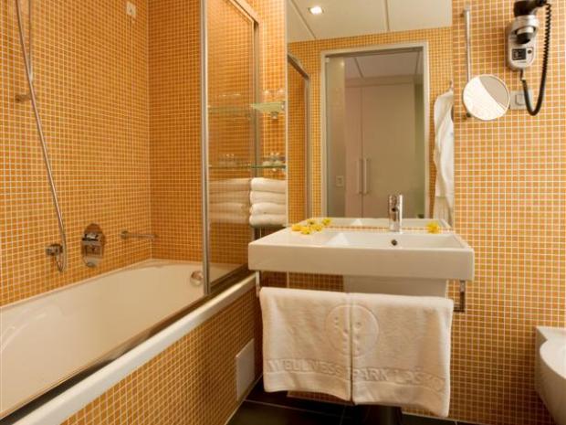 Hotel WPL - kupatilo