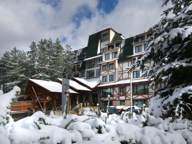 Hotel Mona - zimi